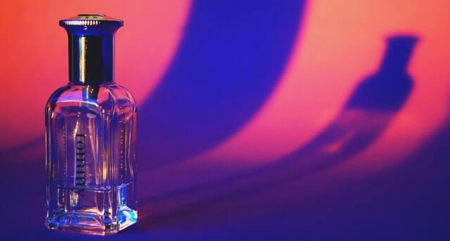 並べられた香水