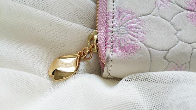 エーテルの財布のチャーム