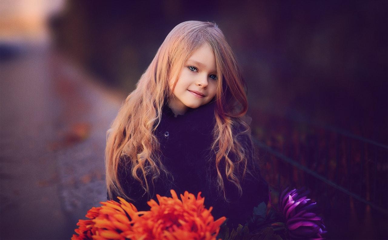 可愛い小学生の女子