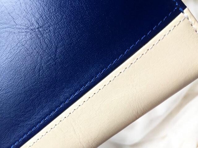レディースラウンドファスナー財布のステッチ