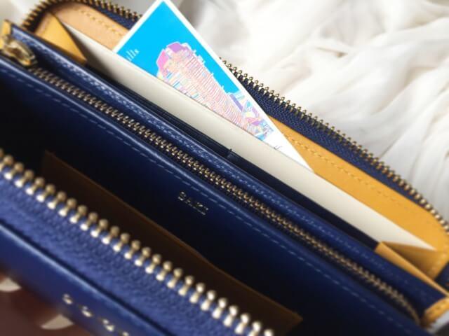 JOGGOレディースラウンドファスナー財布の多目的ポケット