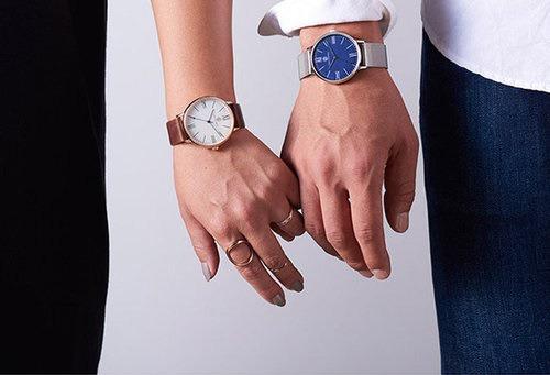 腕時計本舗のトランスコンチネンツの腕時計