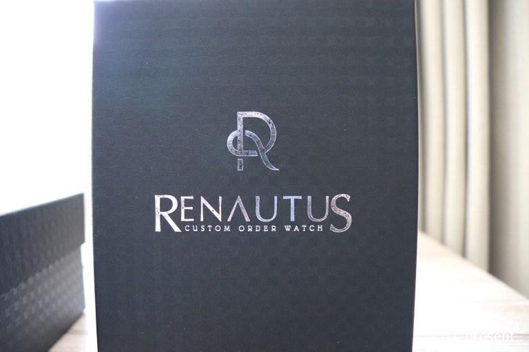 ルノータス(RENAUTUS)のケース印字ロゴ