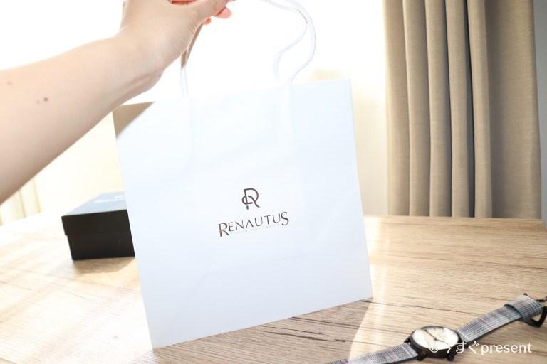 ルノータスの腕時計のショップバッグ