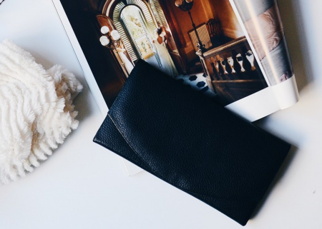 82b091a28b65 高校生の彼氏が喜ぶ「財布」のプレゼントはこれ!メンズブランド15選 ...