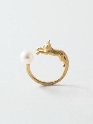 simmon CAT & PEARL RING
