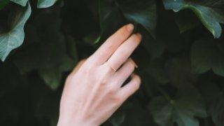 重すぎない「指輪」のクリスマスプレゼント10選【彼女&妻へ】_アイキャッチ
