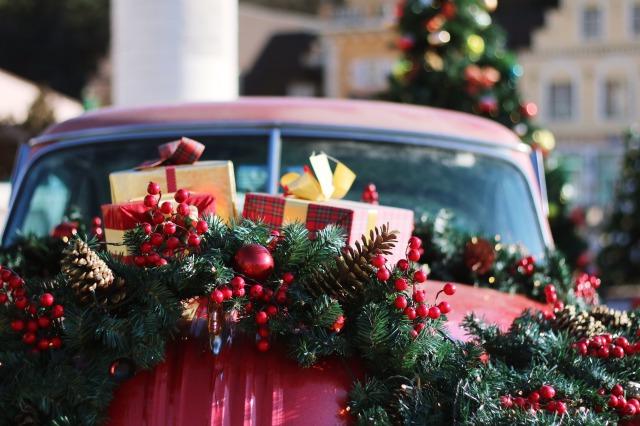 クリスマスプレゼントのイメージ写真