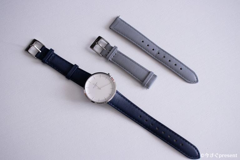 Nordgreenの腕時計とグレーレザーベルト1本