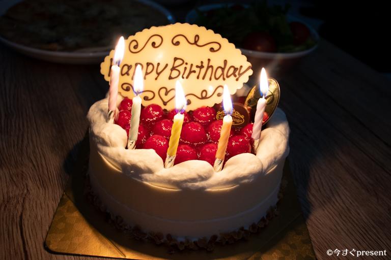 カサミンゴー_バースデーケーキ