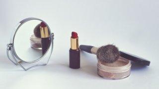 【コスメ】お母さんの誕生日・母の日プレゼントにおすすめの化粧品15選_アイキャッチ