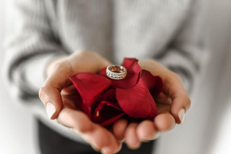 バレンタインのチョコ以外のギフトのイメージ