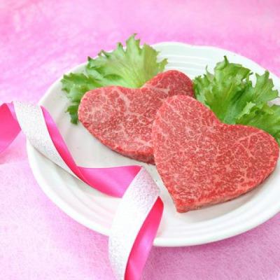 肉贈 かわいいハート型の米沢牛