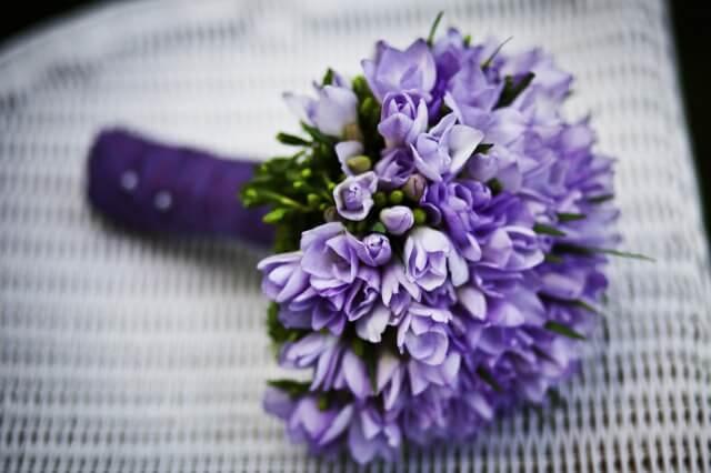 紫色の花束