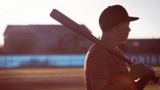野球好きの彼氏・男友達が泣いて喜ぶプレゼント20選【マニアが解説】_アイキャッチ