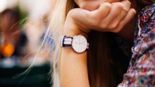 【腕時計】大学生の彼女へのプレゼントにはコレ!流行のブランド2021_アイキャッチ