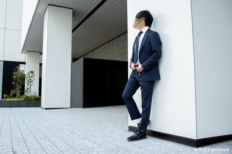 FABRIC TOKYO_オーダーしたスーツ_着用