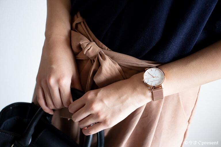 クリスチャンポール 腕時計 コンサバ オフィスコーデ