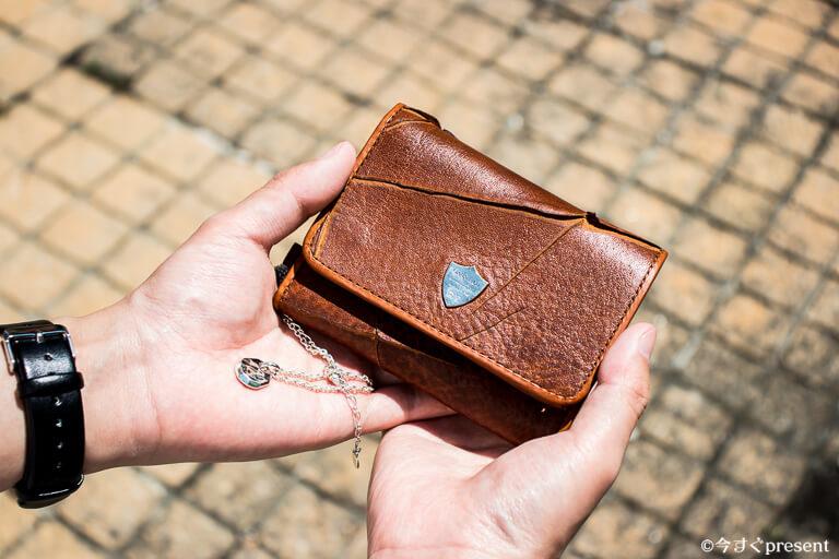 GARNI_レビューする財布とペンダント2