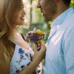 婚約指輪の代わりのプレゼント12選。プロポーズで彼女を喜ばせたい方へ