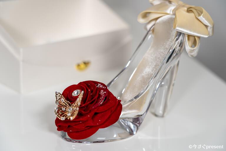 メリアルームメン_ガラスの靴_ガラス1