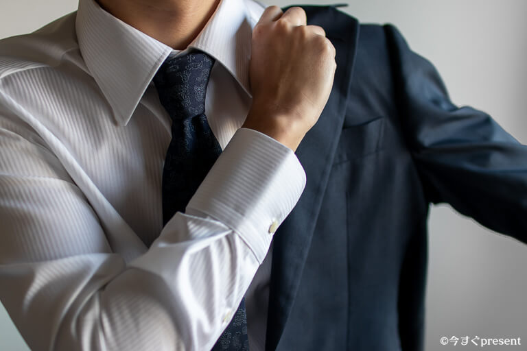 KEI_オーダーメイドシャツ_ジャケット着用開始1