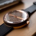 贅沢すぎる木製腕時計「VEJRHOJ(ヴェアホイ)」をレビュー