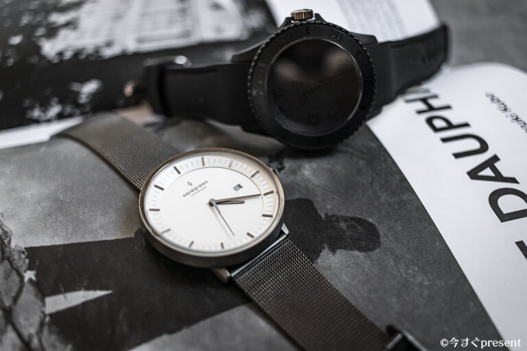 ラウンドケースの腕時計4