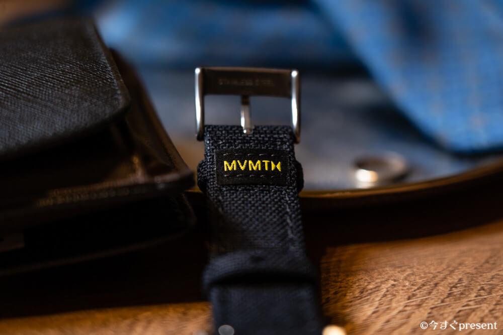MVMT_28000013-D_腕時計_ストラップロゴ