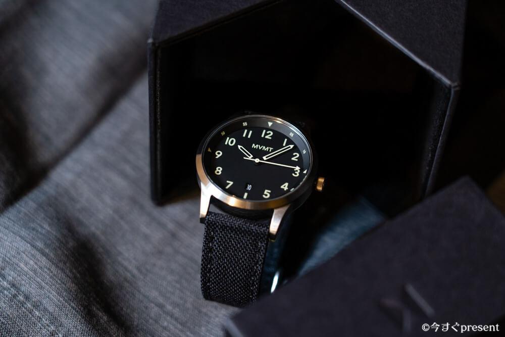 MVMT_28000013-D_腕時計_文字盤