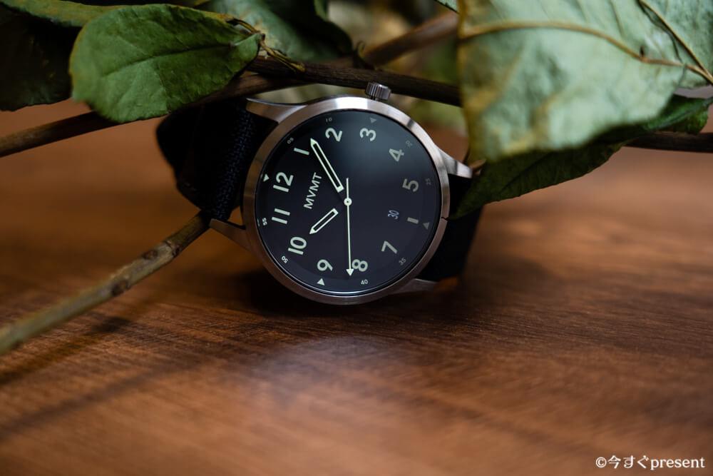 MVMT_28000013-D_腕時計_デザイン