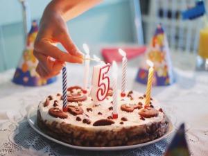 誕生日ケーキ(通販)おすすめ10選!【かわいい&おいしい限定】_アイキャッチ写真