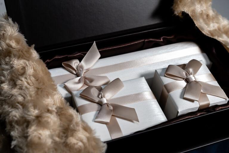 ニューヨークからの贈り物_ホワイトボックスのデザイン