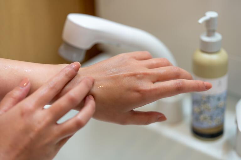 SWATi_スワティー_Hand Care Wash(ハンドケアウォッシュ)_洗った後の手