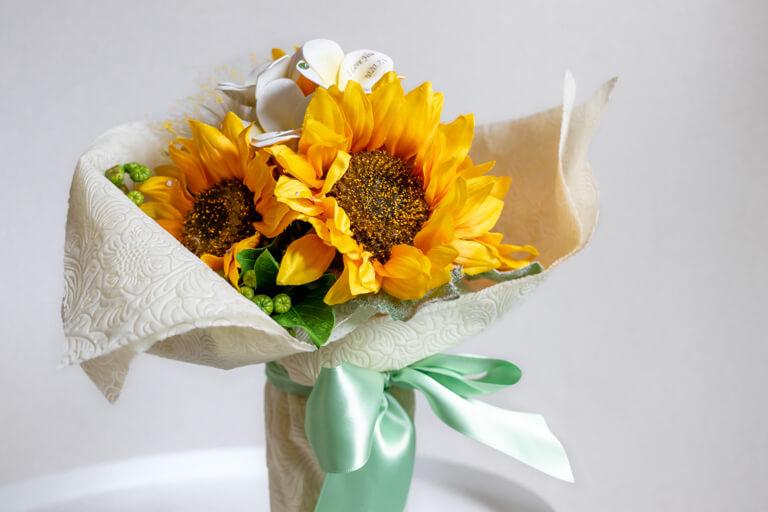 MERIA ROOM MEN(メリアルームメン)_花束と花瓶のセット_メッセージフラワーひまわり_全体の写真_2