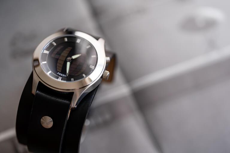 FOSSIL(フォッシル)の人気腕時計「BIG TIC」に惚れたのでレビュー_アイキャッチ写真