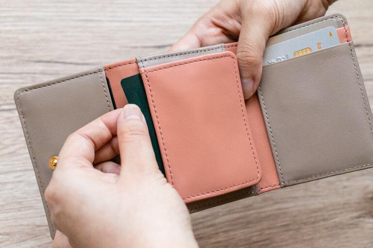 JOGGO_レディース三つ折り財布_カード収納