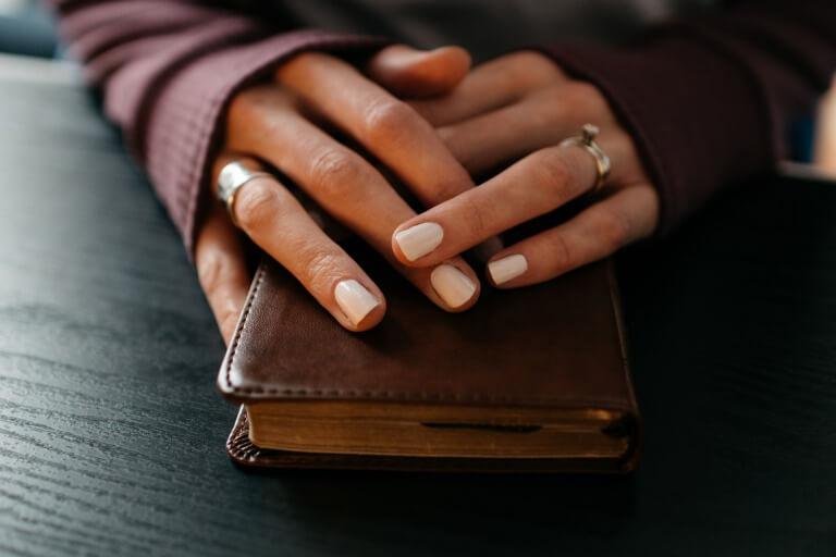 【プレゼントされたい財布は?】女性が本音で選ぶブランドランキング(彼女・妻へ)_アイキャッチ