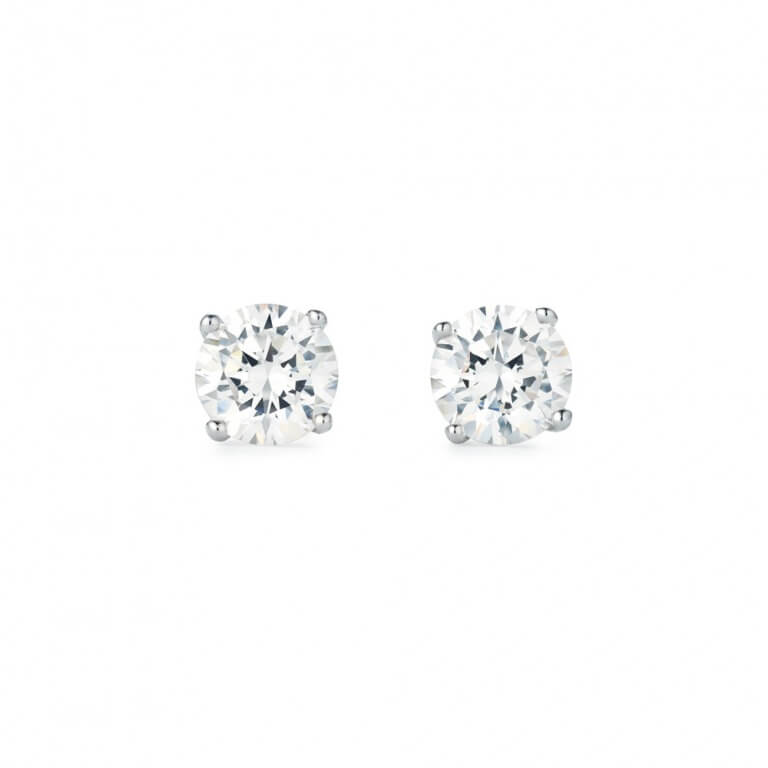 ニューヨークからの贈り物_0.5カラット 一粒 シルバー925 czダイヤモンド ピアス_商品写真