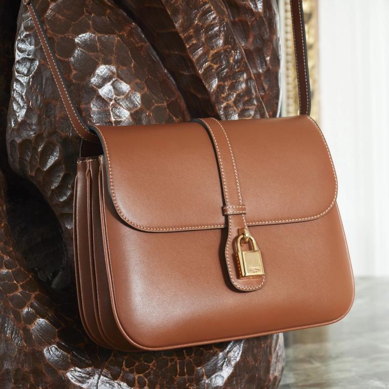 CELINE_セリーヌ_ミニマルで現代的なイメージのバッグの写真