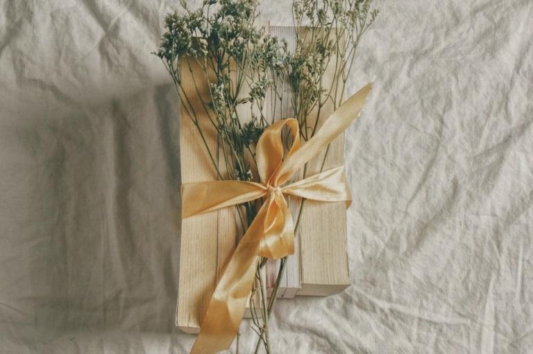 【2021】女性が喜ぶセンスのいいプレゼント集めました!女友達・彼女・母に_アイキャッチ