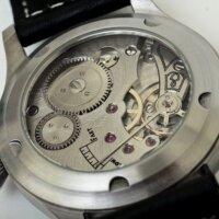 機械式腕時計のイメージ