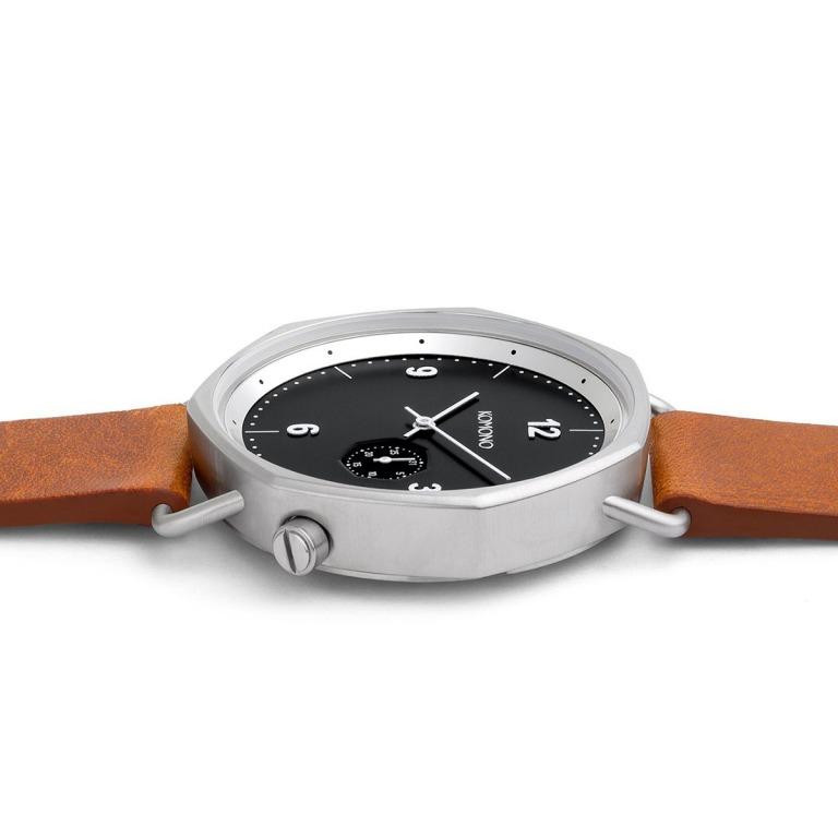 KOMONO_フェイスの形が七角形のメンズ腕時計