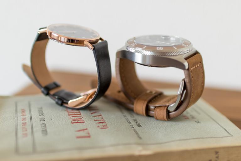 RENAUTUS_ルノータス_機械式とクォーツ式腕時計の厚みを並べて比較