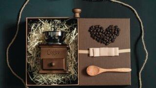【マニア厳選】コーヒー好きの男性におすすめのプレゼント15選_アイキャッチ